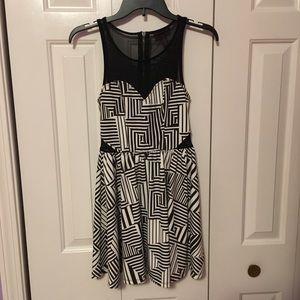 Geo Print Mesh Top Dress